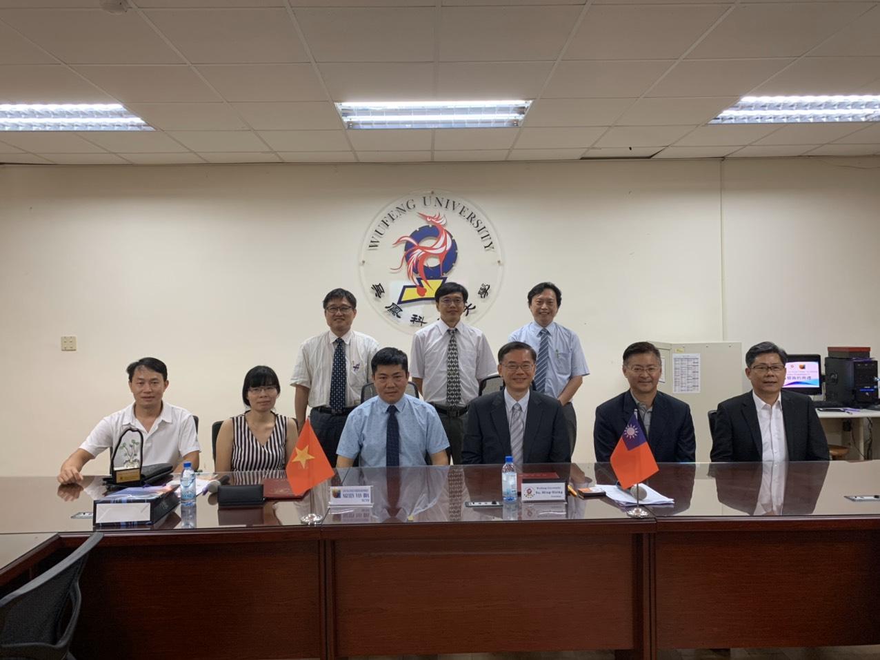 Lễ ký kết hợp tác giữa HYP và trường Đại học Ngô Phụng - Đài Loan